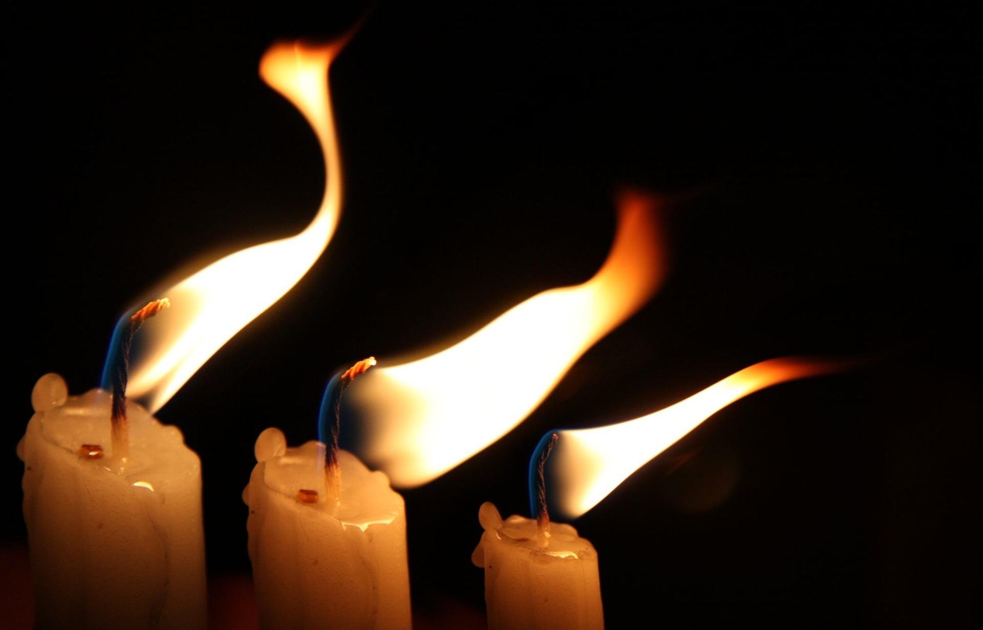 Ερχεται το Αγιο Φως