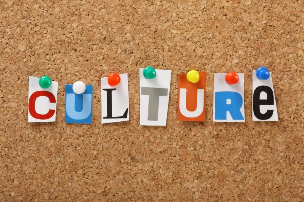 Ανοίγει και ο πολιτισμός