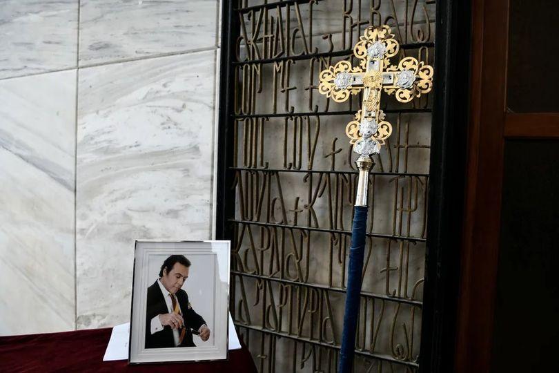 Η Ελλάδα αποχαιρετά τον Τόλη Βοσκόπουλο…