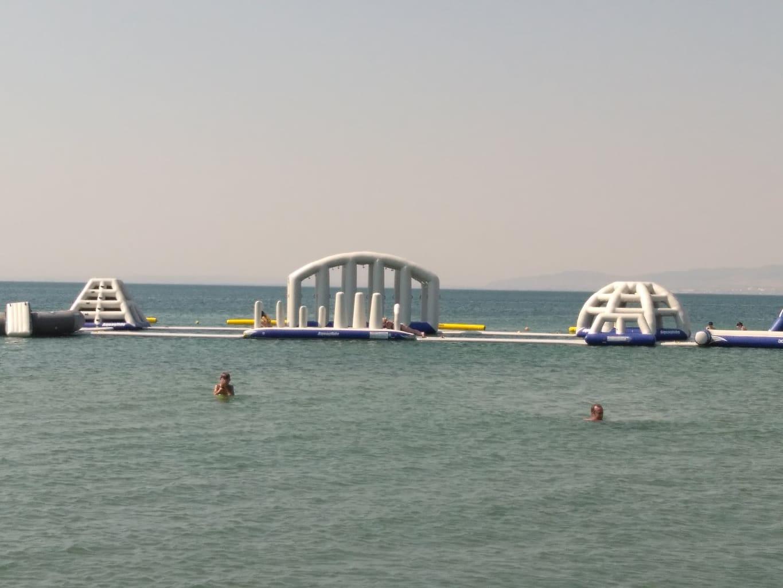 Παιχνίδια στη θάλασσα στους Νέους Επιβάτες!!!