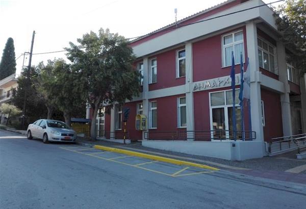 Ερώτημα: Είναι εμβολιασμένοι οι δημοτικοί σύμβουλοι του Δήμου Θερμαϊκού;